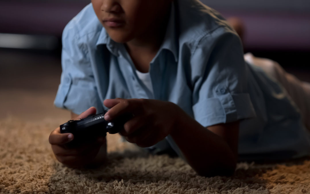 American Heart Association: Monitor screen time, protect your child's heart